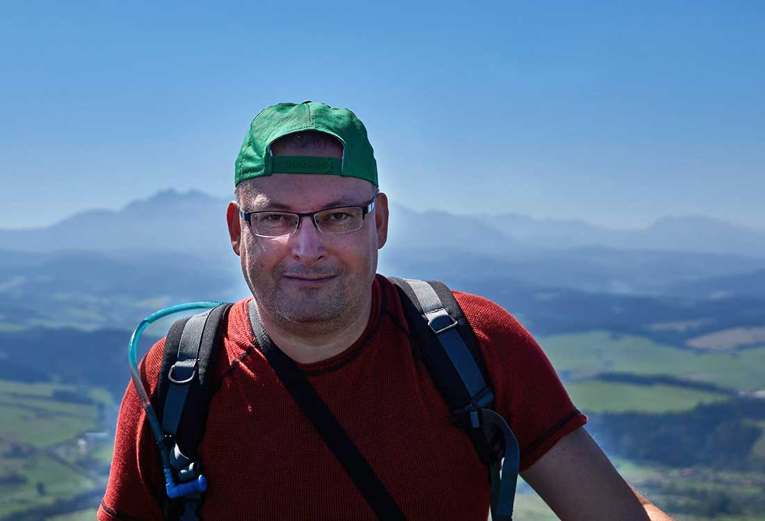 O turistike, cestovaní a reštarte v hlave s Petrom Tkáčom