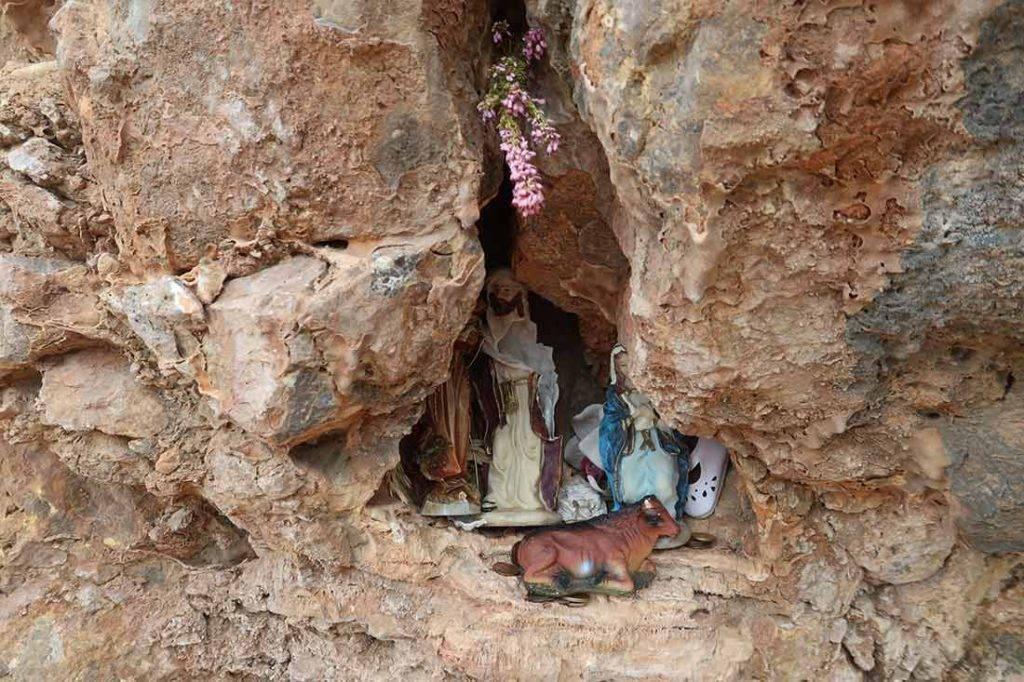 Kadejaké insitné umenie v skalách nájdeš