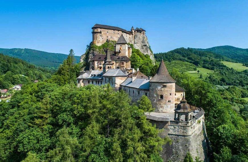 Turistickým vlakom ZSSK na Oravský hrad