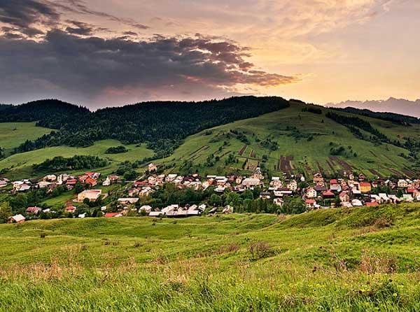Litmanová a hora Zvir