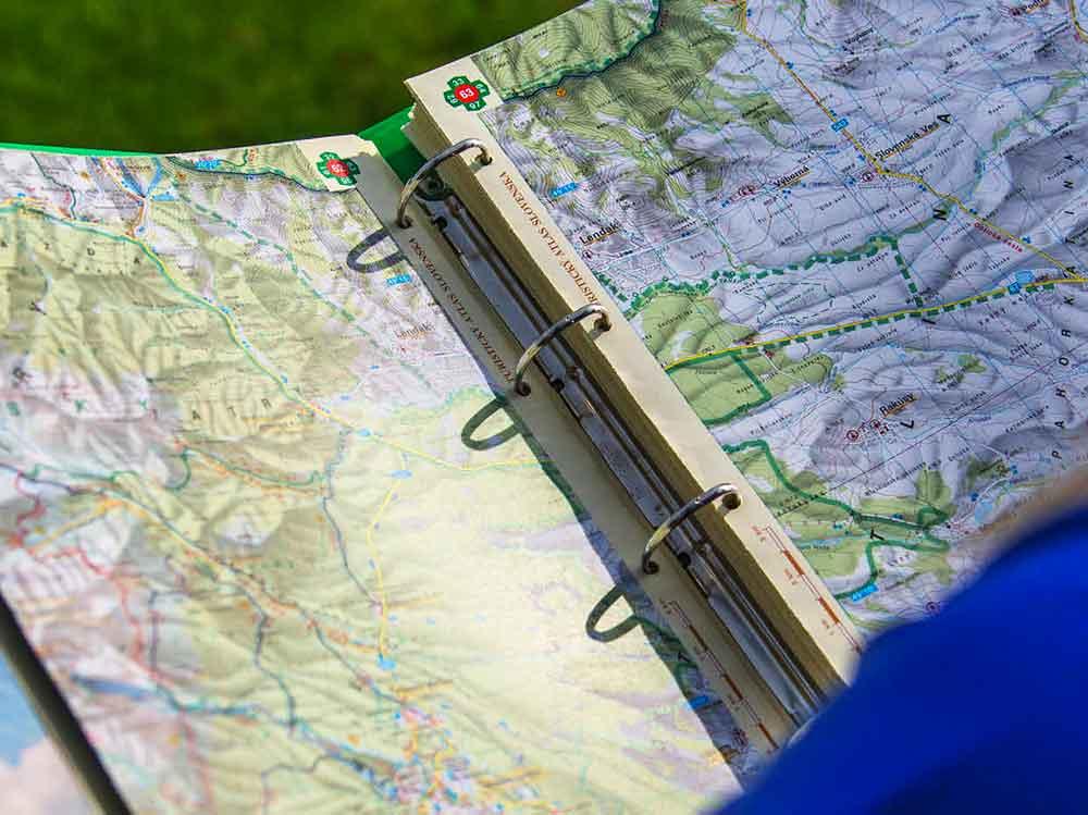 Turistický atlas, na ktorý turisti už dávno čakali. S cyklotrasami.