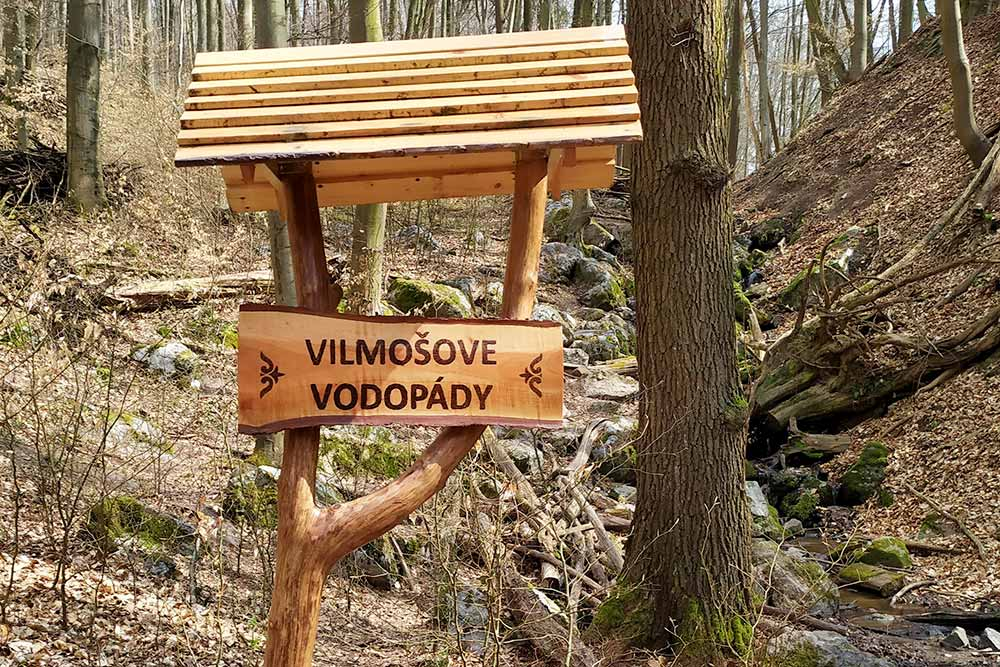 Málinské vrchy, Vilmošové vodopády: Malokarpatský výlet v okolí Bratislavy